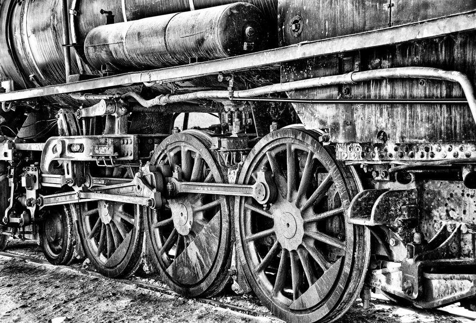 28 Waiting For The Wheeltapper by Linda van Geene